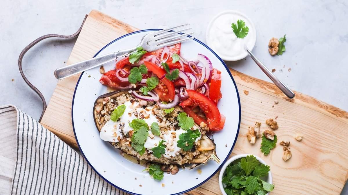 Синие тарелки, перекусы и сладкое: нутрициолог развенчала 6 мифов о похудении