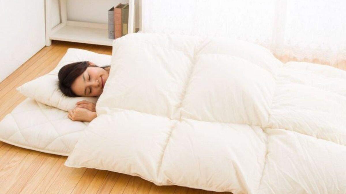 Суворий експеримент: що буде, якщо 30 днів спати на підлозі