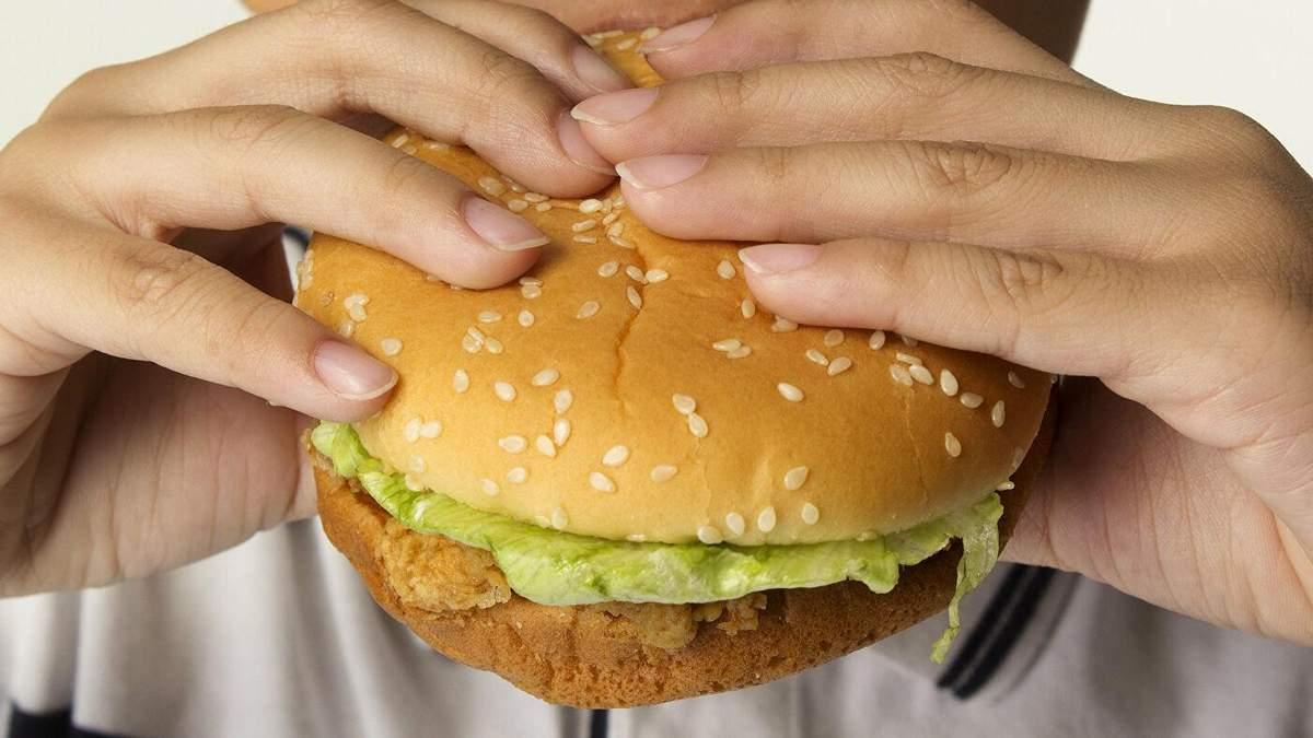 Кортизол и зависимость от еды: как побороть самый страшный гормон