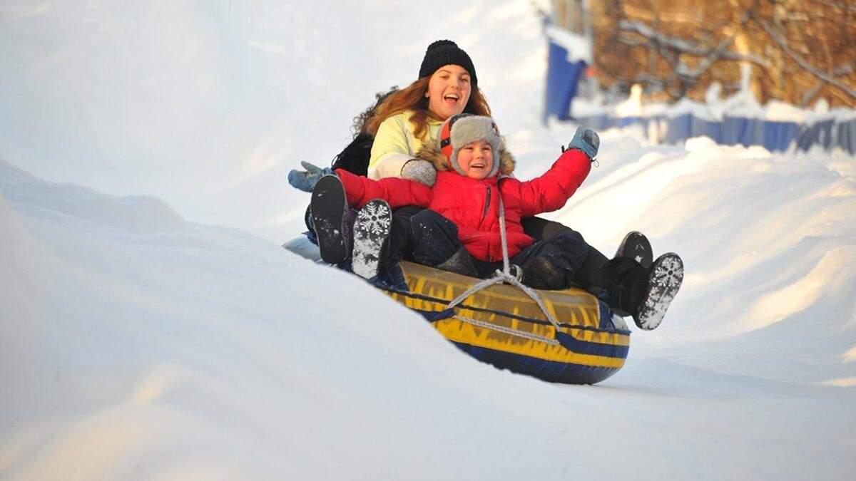 Сноутюбінг для дітей і дорослих