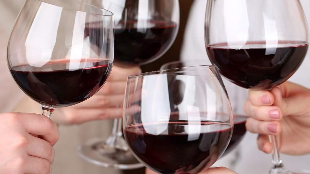 Скільки калорій в алкоголі: у вині, шампанському, горілці і пиві