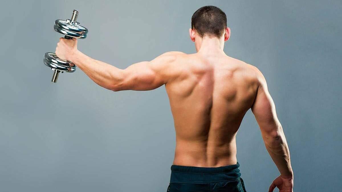 Тренировка дома для спины с резинкой: видео упражнений