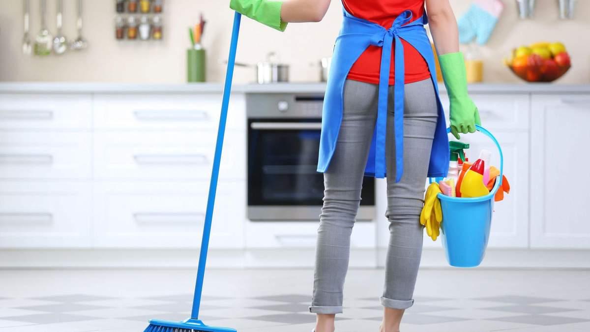 Может ли уборка дома заменить тренировку в зале: фитнес-эксперт дала ответ
