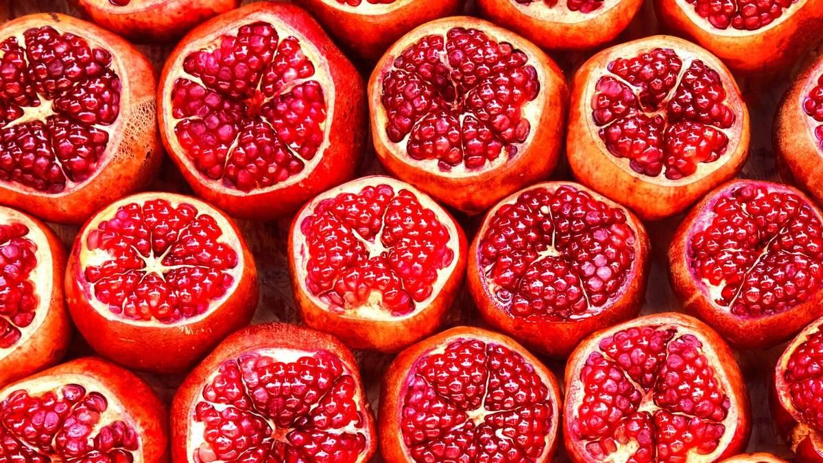 Гранат: фітнес-тренерка назвала шкоду популярного фрукта