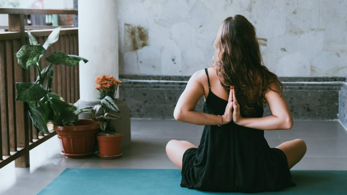 Тренування для розтяжки та розслаблення м'язів: відео