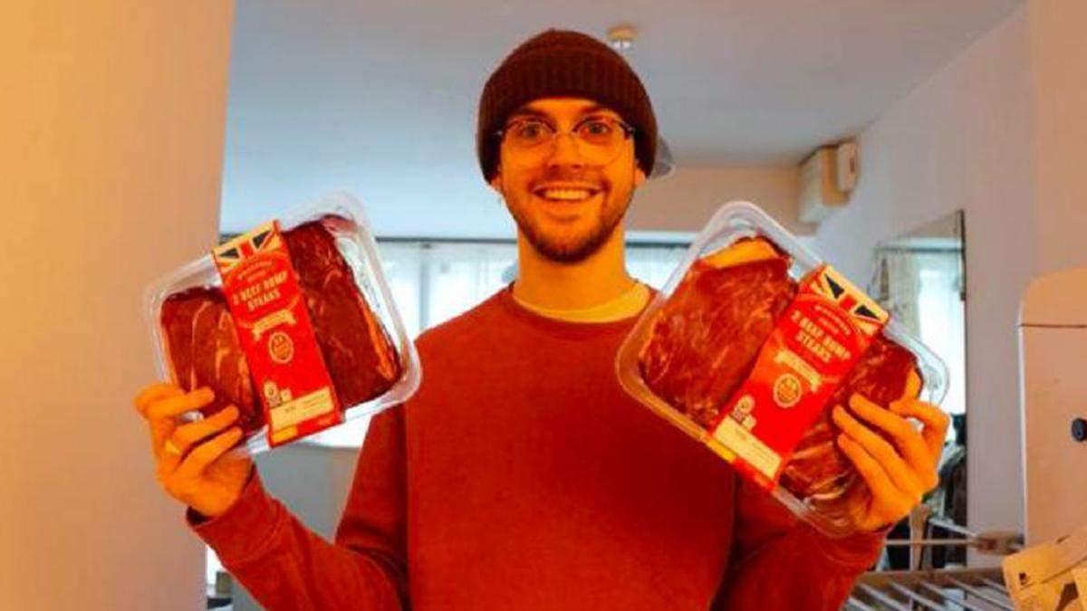 Ентузіаст дізнався, що буде, якщо з'їсти кілограм стейка за раз