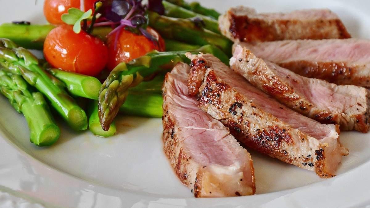 Як не думати про їжу: важливі моменти, які допоможуть прибрати зайву вагу