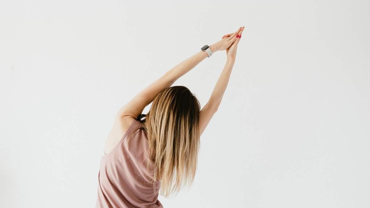 Растяжка спины: 5-минутное упражнение на каждый день