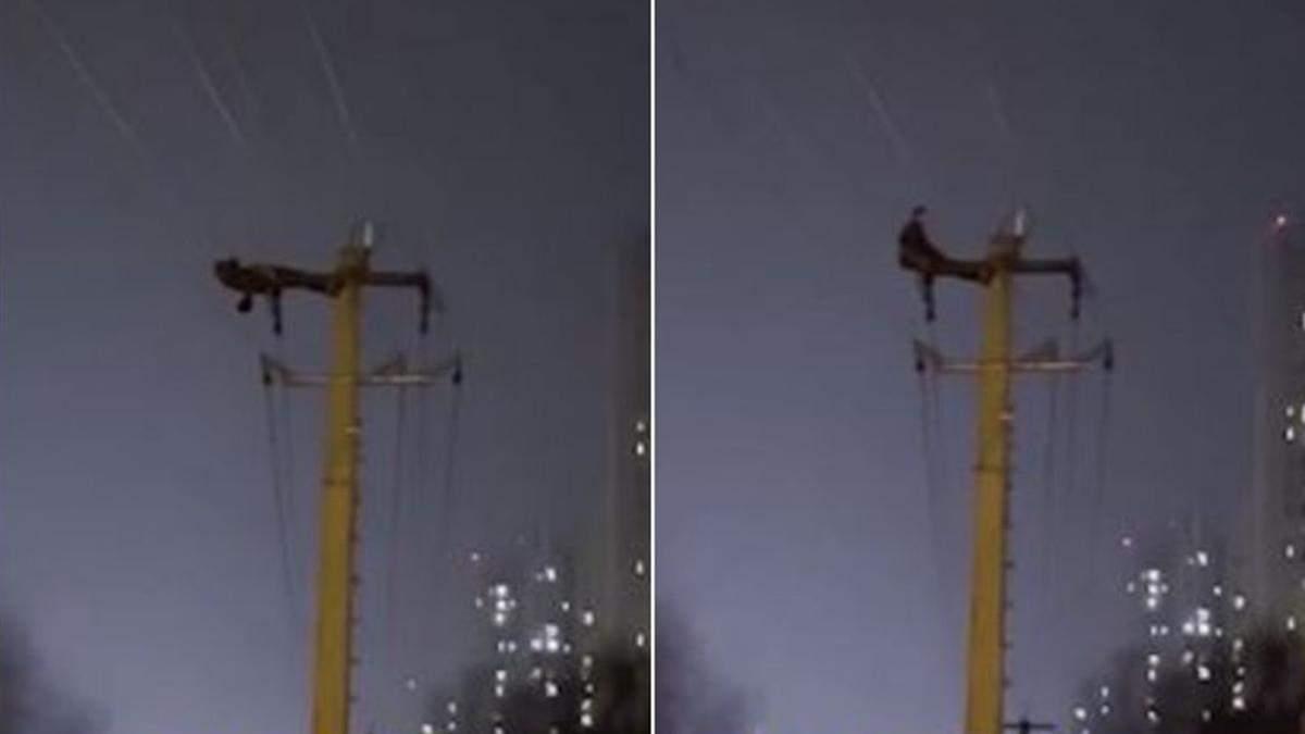 Мужчина обесточил весь город после тренировки на электрическом столбе: эпическое видео