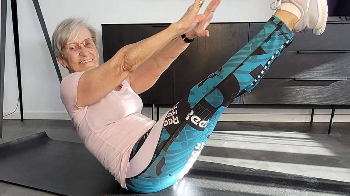 81-летняя бабушка стала фитнесс-звездой сети: физической форме женщины позавидует каждый