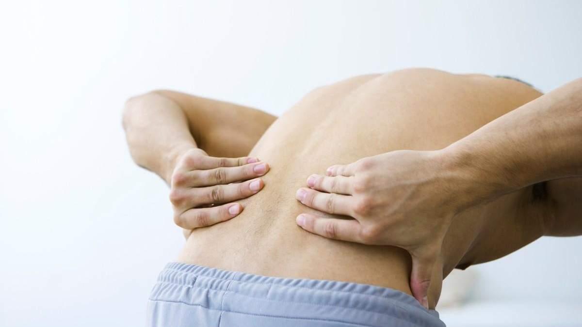 Это простое упражнение приведет в тонус мышцы поясницы: видео