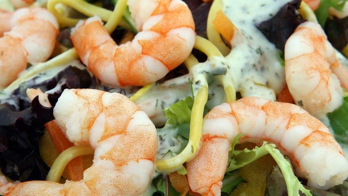 Салат з морепродуктів: рецепт легкої та корисної вечері