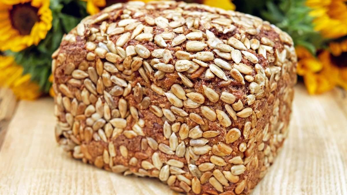 Як приготувати корисний хліб, який можна всім: простий рецепт