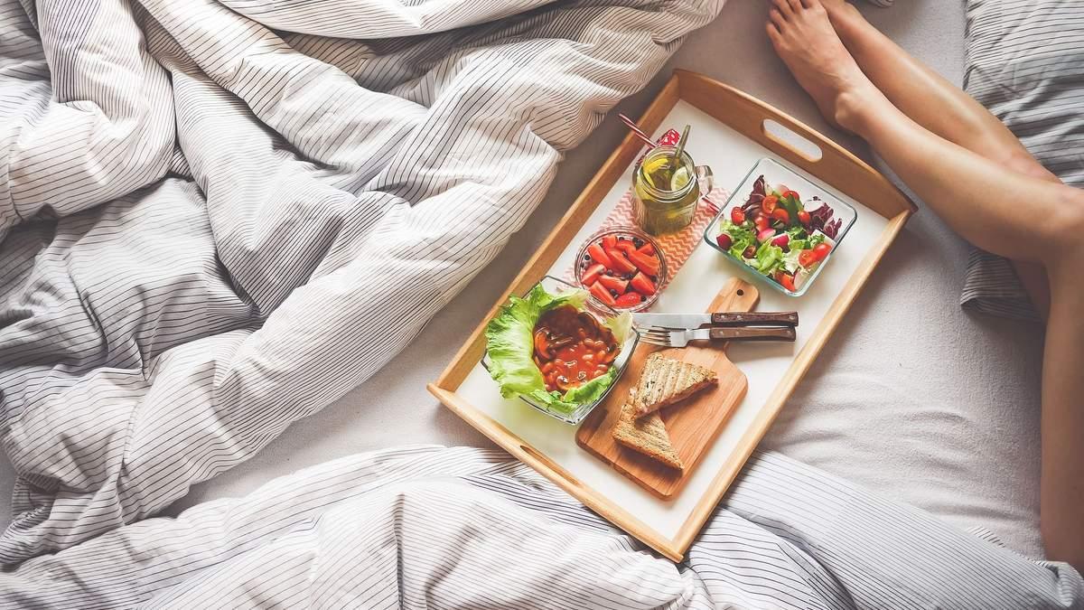Чи потрібно снідати, щоб схуднути: дієтологиня пояснила нюанси