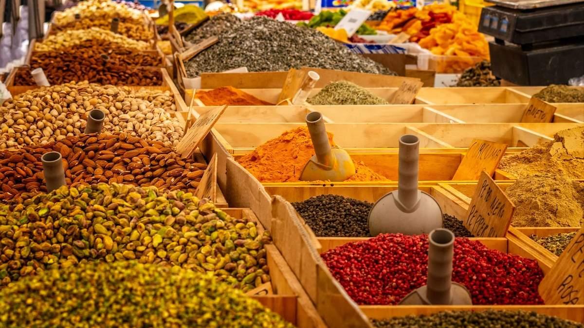 Які спеції та прянощі варто їсти та чому: дієтологи назвали ТОП-5