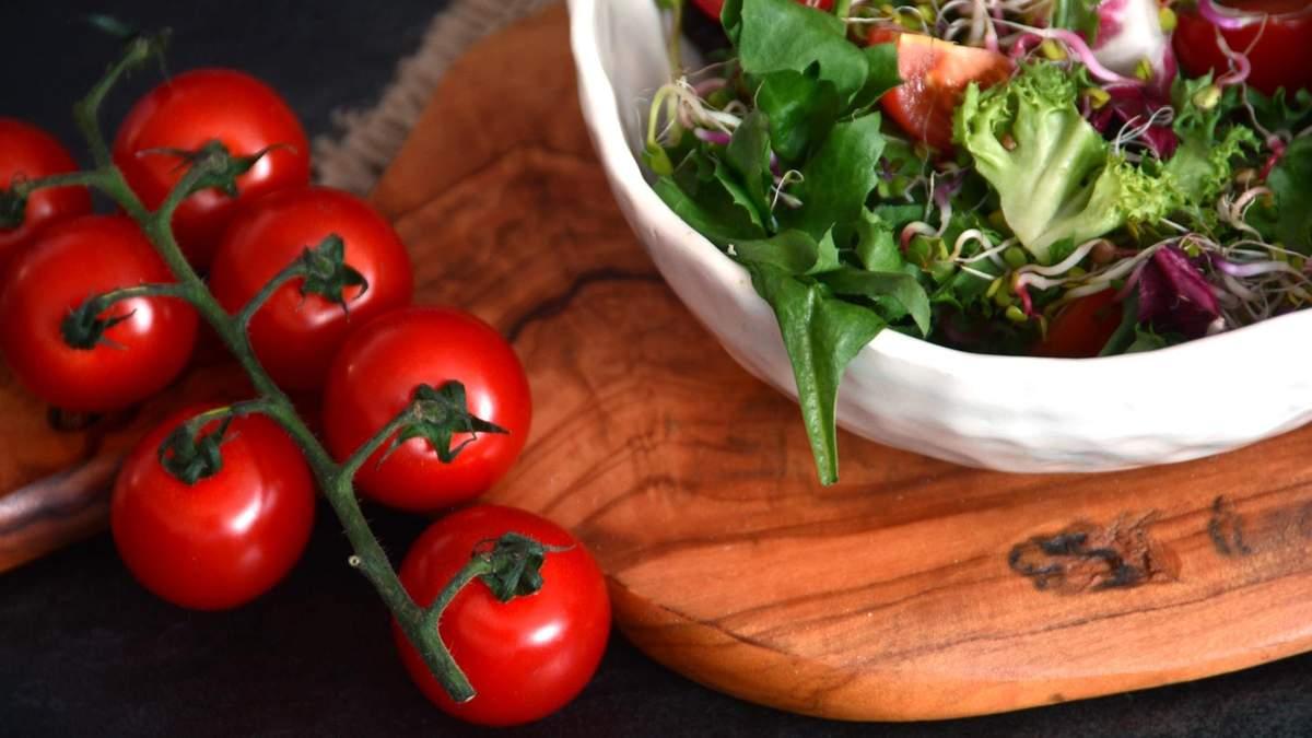 Как приготовить постный овощной салат: крутой рецепт от тренера