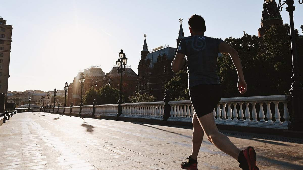 500 километров за 9 дней: украинец планирует пробежать из Киева в Одессу