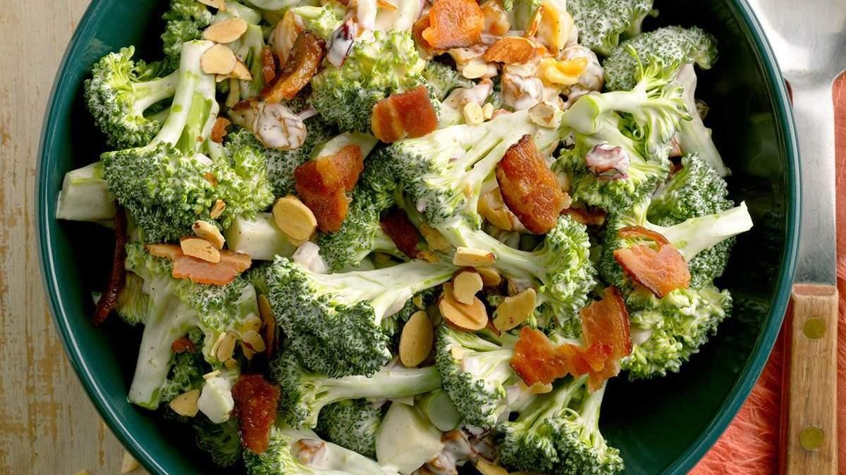 Простой, но сытный пасхальный салат: как его приготовить