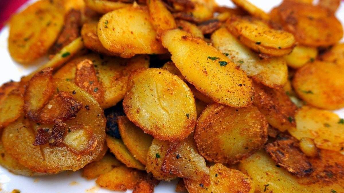 Рецепт запеченої картоплі для тих, хто на дієті: секрет приготування