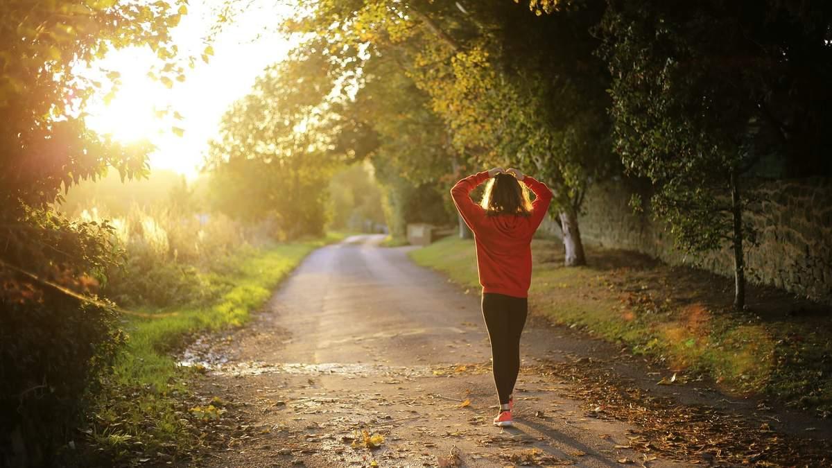 Як більше рухатися протягом дня: поради, які допоможуть змінити життя