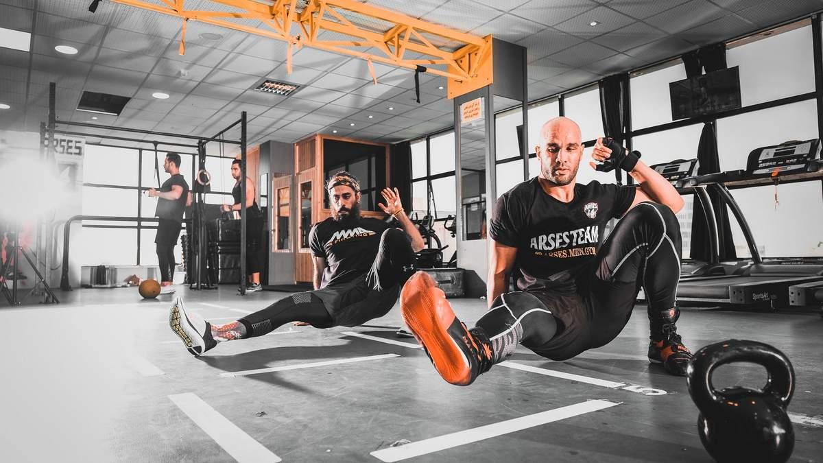 7 упражнений для комплексной тренировки на все группы мышц: видео