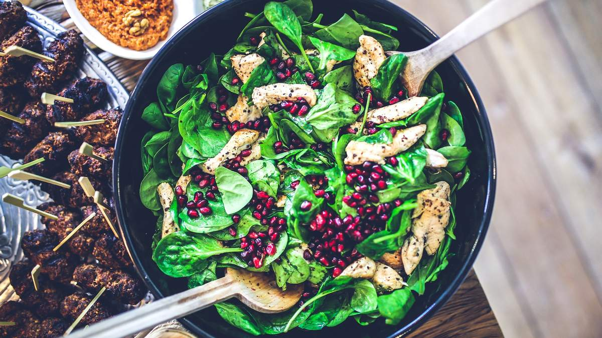 Що приготувати на обід: 5 здорових та смачних варіантів для меню