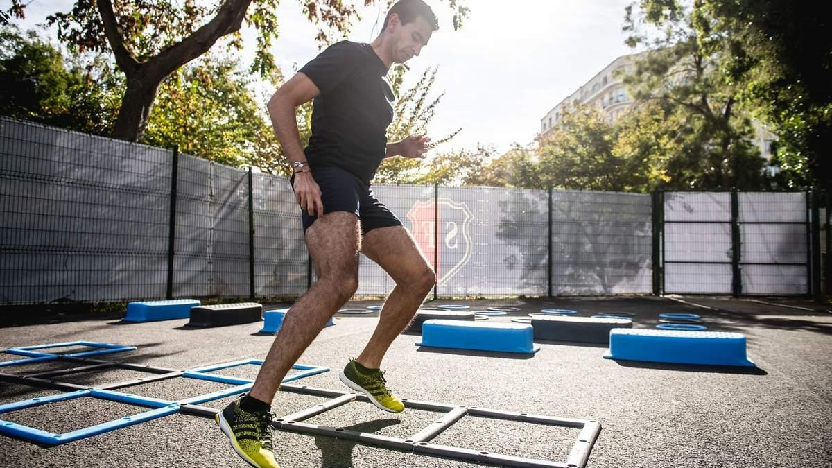 Круговая тренировка на улице: видео упражнений для спортивной площадки