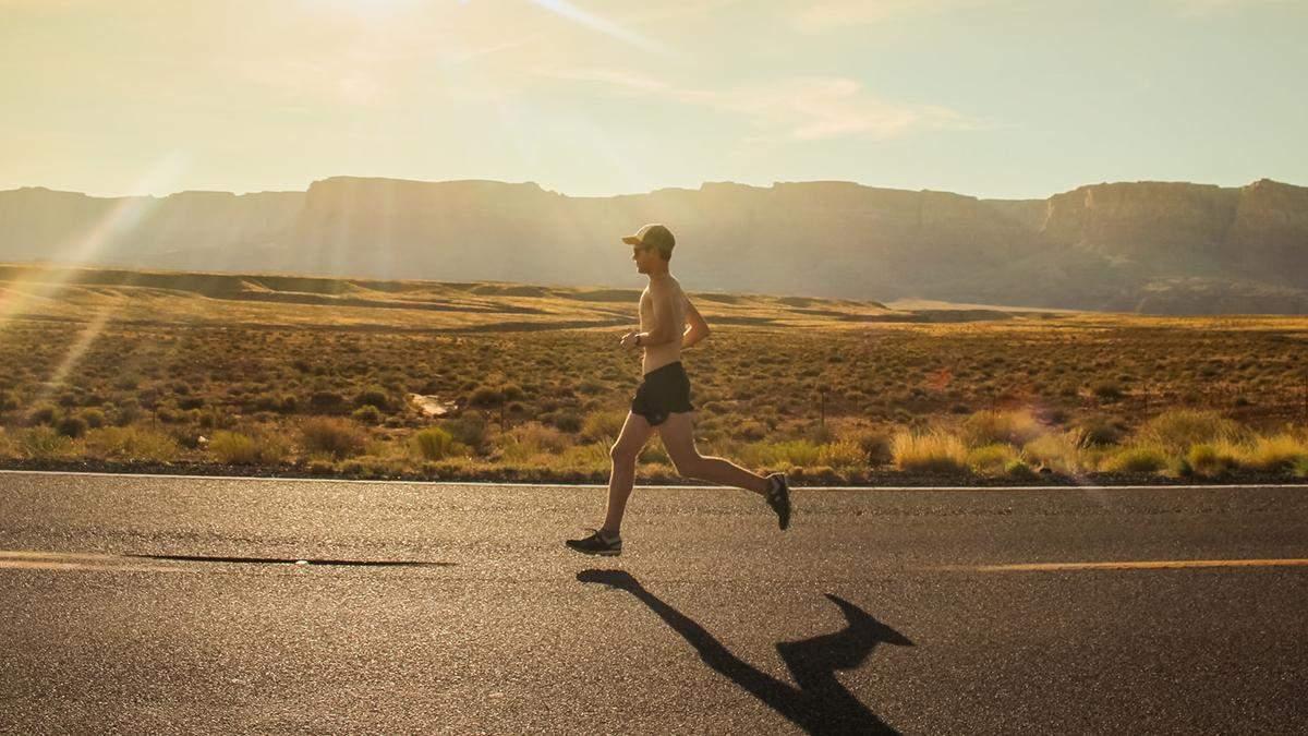 Как заниматься спортом в жару: универсальные советы