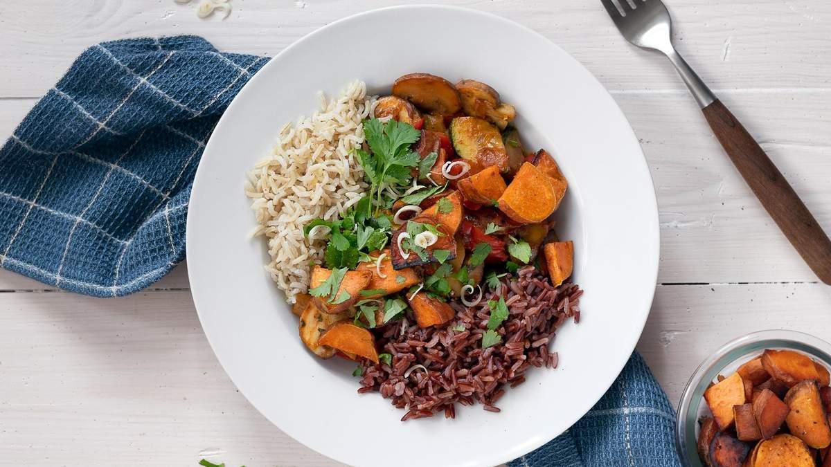 Как есть по методу тарелки: диетолог показала на фото примеры порций