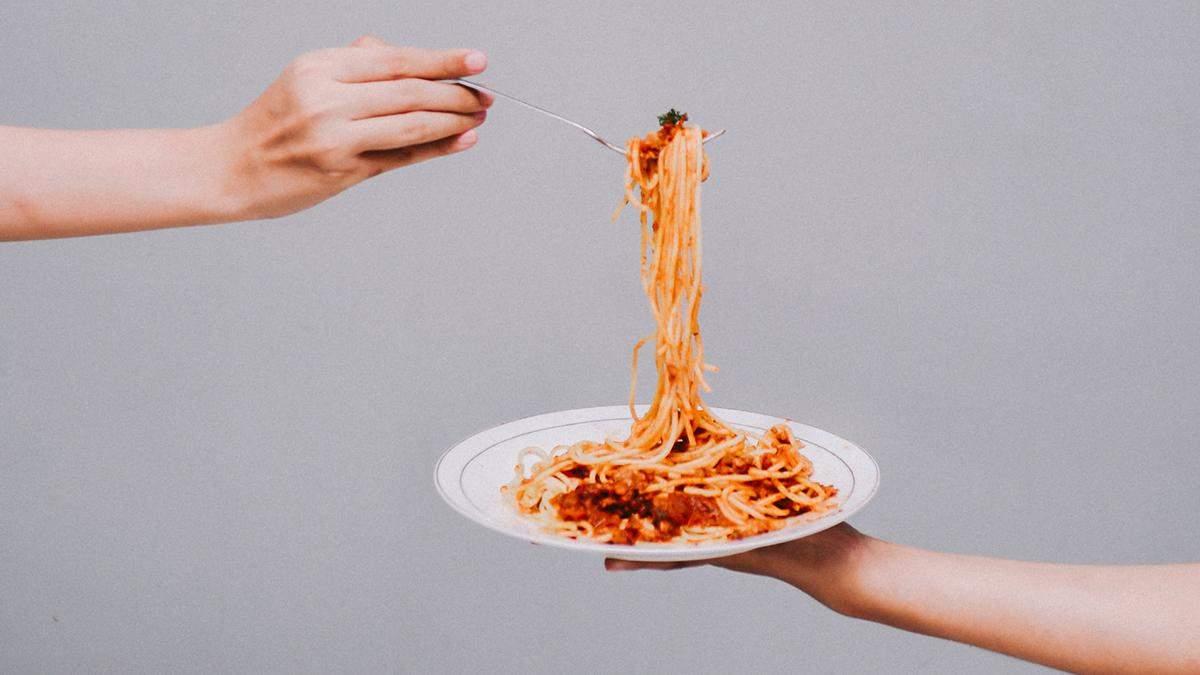 Коли краще їсти вуглеводи для ефективнішого схуднення: дієтолог розвіює міф