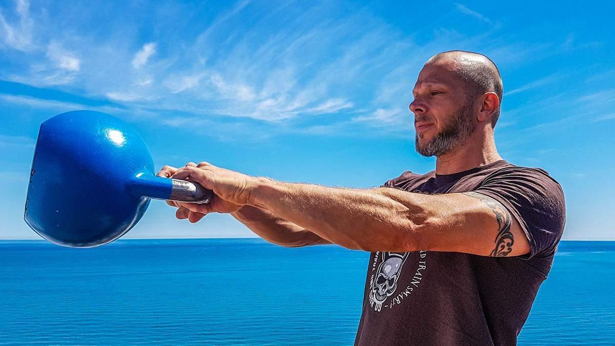 Круговая тренировка с гирей на все тело: ТОП-8 упражнений с видео