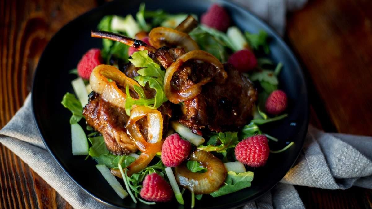 Диетический салат из кальмаров: вкусный рецепт для тех, кто на диете