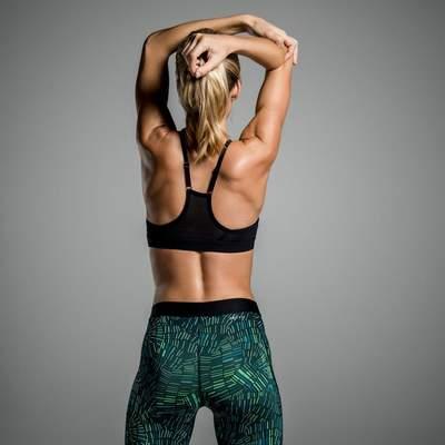 Красивая и здоровая спина: чемпионка Украины показала 3 упражнения