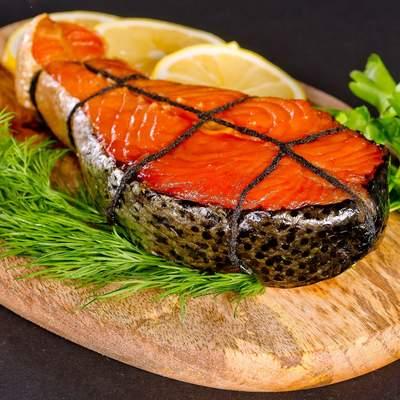 Кому потрібно їсти жирну рибу і як її смачно приготувати: 2 рецепти