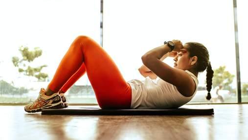 Домашнє комплексне тренування на все тіло: як виконувати вправи – відео