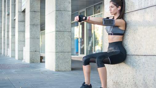 Стульчик у стены: адское упражнение, которое отлично прокачивает ноги и ягодицы